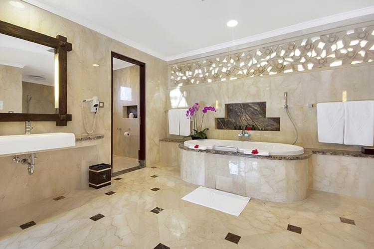 Deluxe-Terrace-Villa_Bathroom 750