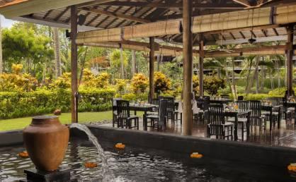 43bMeliaBali-Lotus+Garden+Restaurant.jpg