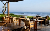 Alila Seminyak - Seasalt - Beach Terrace 01 209 129.jpg