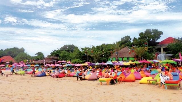 La Plancha at Seminyak beach 001 640 360.jpg