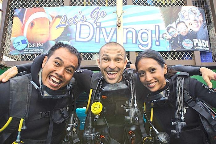 バリハイは、バリハイダイビングアドベンチャーズという自社の国際ダイビングセンターを所有しています。