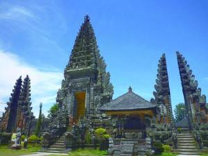 水を司るパワースポット ウルンダヌバトゥール寺院