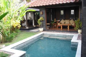 プール付きヴィラでスパを体験するバリ島最終日プランも人気