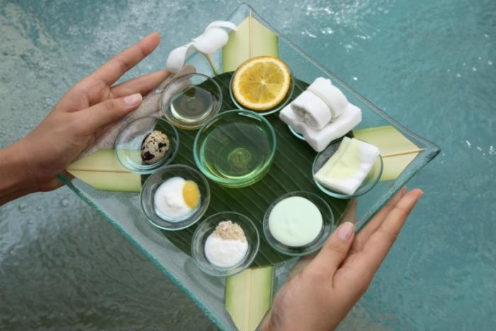 アヤナフェイシャルには食べても体に良い自然の材料を用います。
