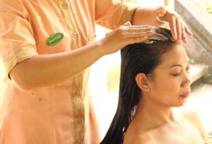 頭皮の血行を促進し、髪に潤いを与えるクリームバス