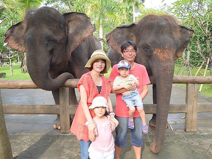 象さんとの記念写真をどうぞ!