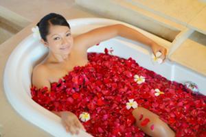 薔薇の花びらの香りでリラックス