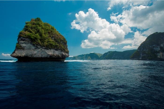 エキサイティングなスピードボートで大海原へ!海峡クルーズで大自然の絶景巡り。