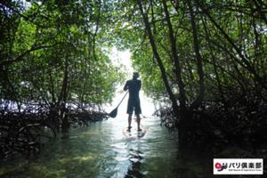 非日常体験をレンボンガン島で