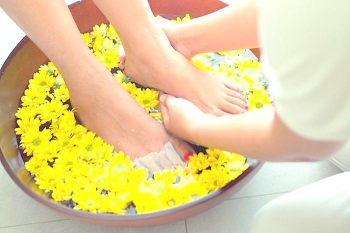 薫り高いフットリチュアルで足から綺麗になる。