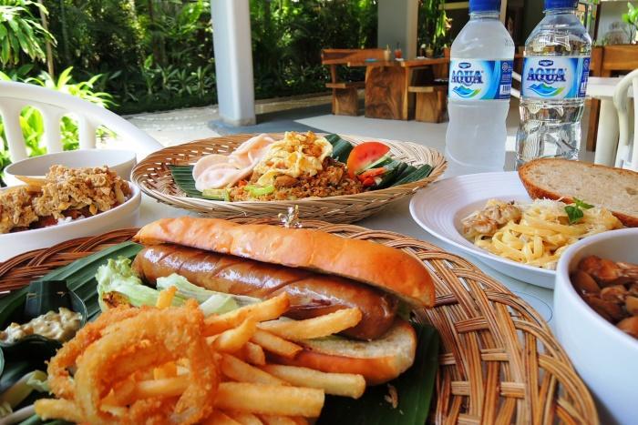 お食事イメージ インドネシア料理やインターナショナル料理が楽しめます。