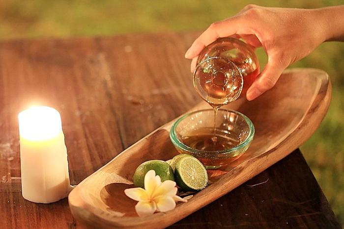 バリ島で取れた貴重な100%天然のハチミツは、 ビタミンやミネラル、アミノ酸、酵素など美容効果抜群