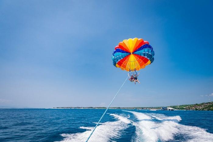空高くからレンボンガン島の景色を眺めてみませんか?(有料アクティビティ)