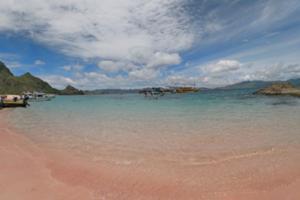 パダール島ロングビーチ