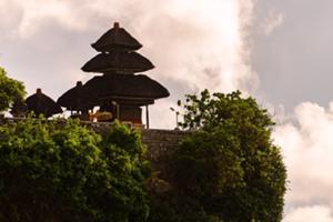 ウルワツ寺院観光