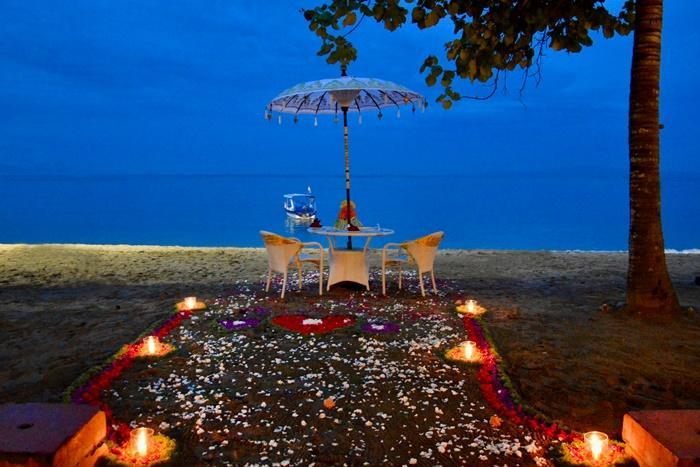 ランクアッププランはロマンティックディナーをご用意しました。