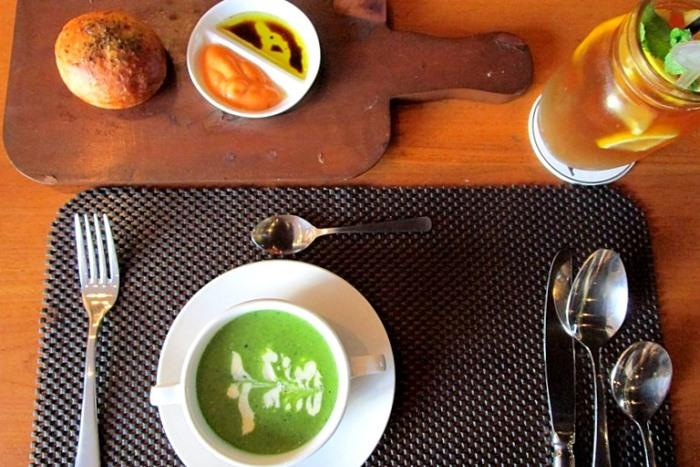 イタリアンの3コース料理、メニューは現地にてお選び下さい。
