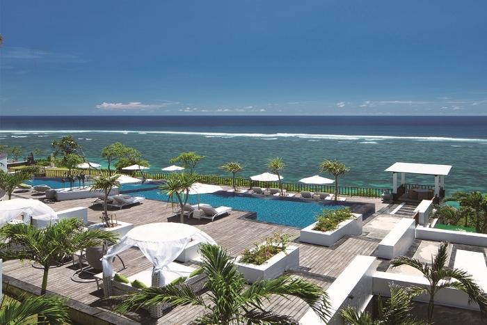 ヌサドゥアの輝く海がすぐそこに!サマベ バリ スイート&リゾート